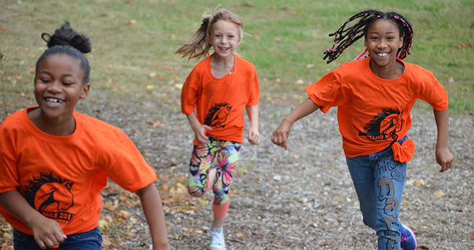 Meadowbrook students running in the Fun Run